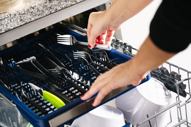 Whirlpool Dishwasher Repair, Dishwasher Repair Woodland Hills, Whirlpool Fix My Dishwasher Near Me